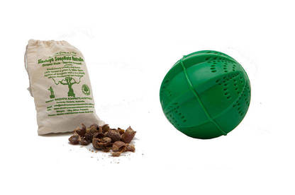 Soap nuts and a laundry ball