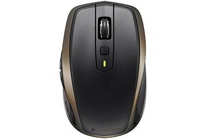 15dec first look logitech wireless mouse body